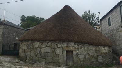 Hispania: preRoman cottages in O Piornedo   http://archeopolis.blogspot.com/2017/06/hispania-preroman-cottages-in-o.html  by E.V.Pita (2017)   Pallozas perrománicas de O Piornedo (Ancares)  por E.V.Pita (2017)